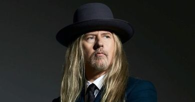 jerry-cantrell-atone