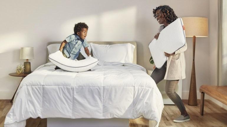 4 Reasons You Should Start Sleeping On A Memory Foam Pillow Tonight