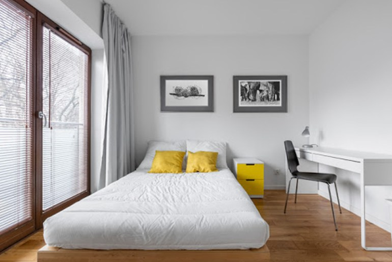 Decorating A Small Bedroom