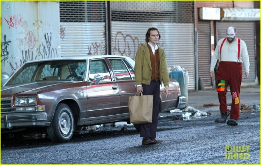 joaquin-phoenix-the-joker-movie-18
