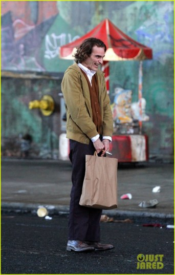 joaquin-phoenix-the-joker-movie-29