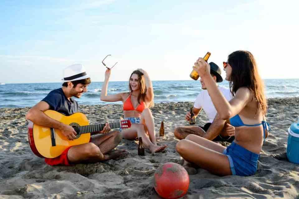 Apero Party beach