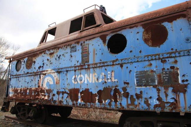 Abandoned Conrail Caboose