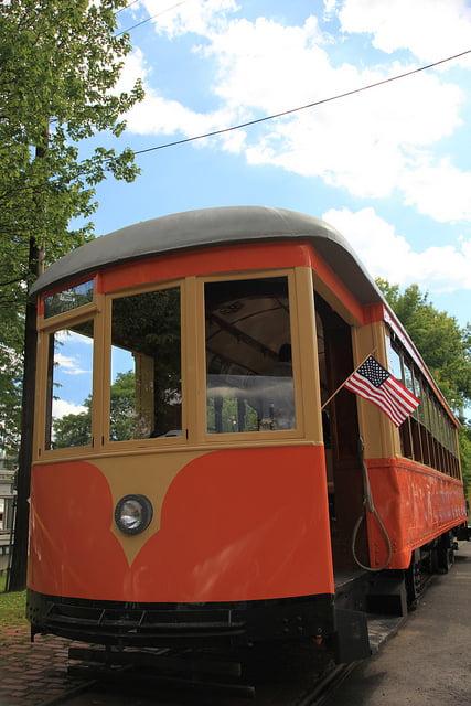 Trolley (2)
