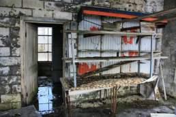 abandoned-gas-station-8