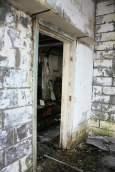 abandoned-gas-station-9