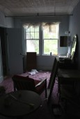 adler_smashed-room_5816613578_o_63