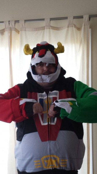 And I will form the head!…Deluxe Voltron Hoodie Review from 80sTees.com