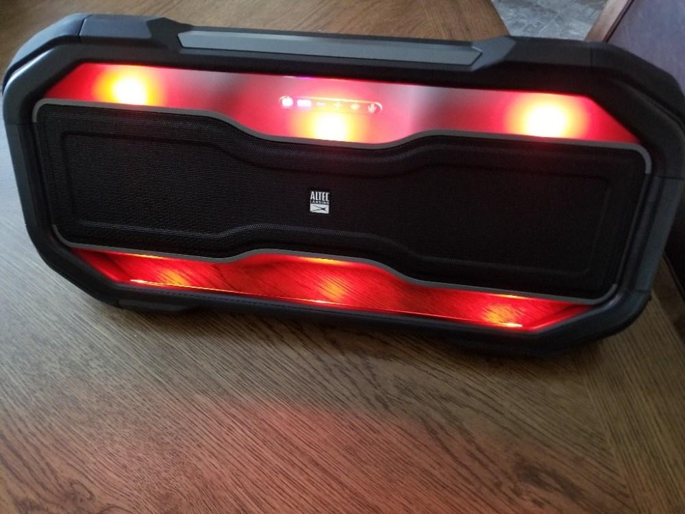 Altec Lansing RockBox XL makes listening to music exciting