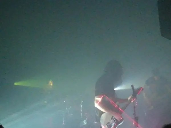 AA Place To Bury Strangers Live