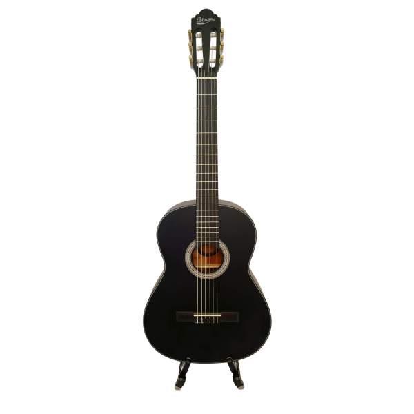 Produktbillede af en sort klassisk guitar med hvid baggrund