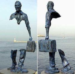 06092012: Statua di Bruno Catalano