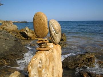 stone balancing italia Mario Carnè