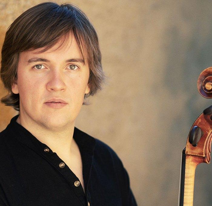 Ivan Karizna violoncelliste participe au festival Tons Voisins 2021 à Albi.