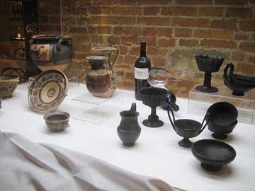 Greek and Roman drinking vessels