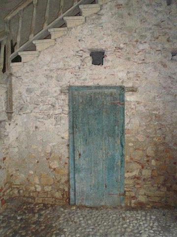 Ancient door at Serego Alighieri