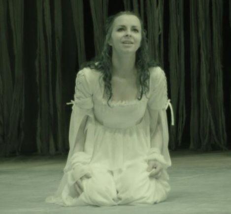 ana-maria-oglinda-009-romeo si julieta