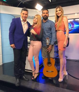 Kelly Bonito y Angel Villalobos