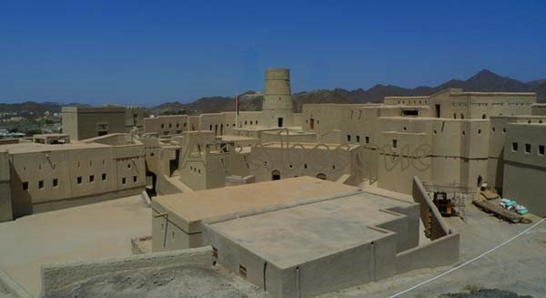 One of Omans mud brick forts