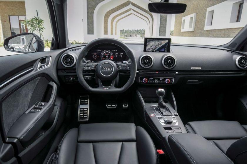 Audi RS 3 Interior