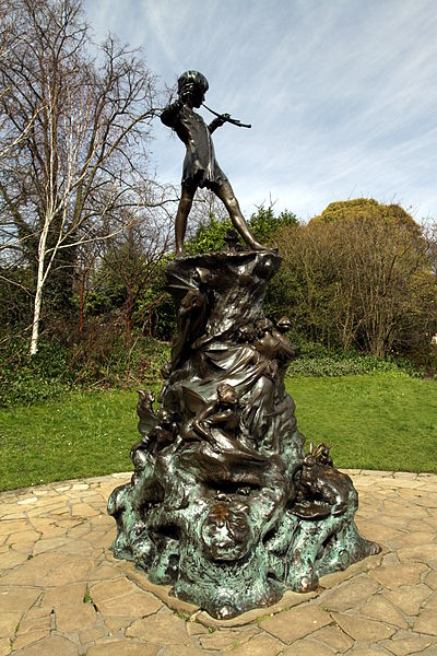 Peter Pan by Chmee2