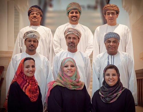 Rawan Al Said centre 1st row with Amal Bahwan left Assila bint Zaher Al Harthy right