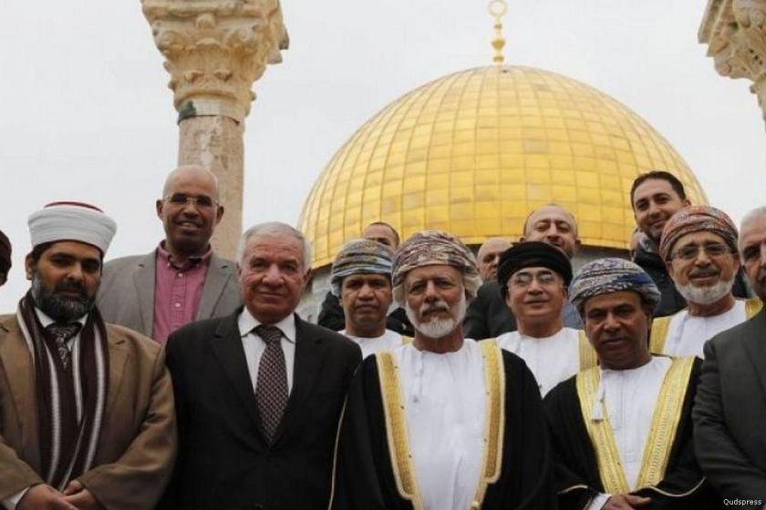 Oman Minister Yusuf Bin Alawi bin Abdullah visited the Al Aqsa Mosque