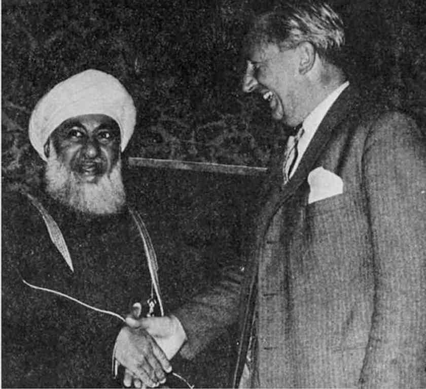 Sultan Said with British Prime Minister Edward Heath