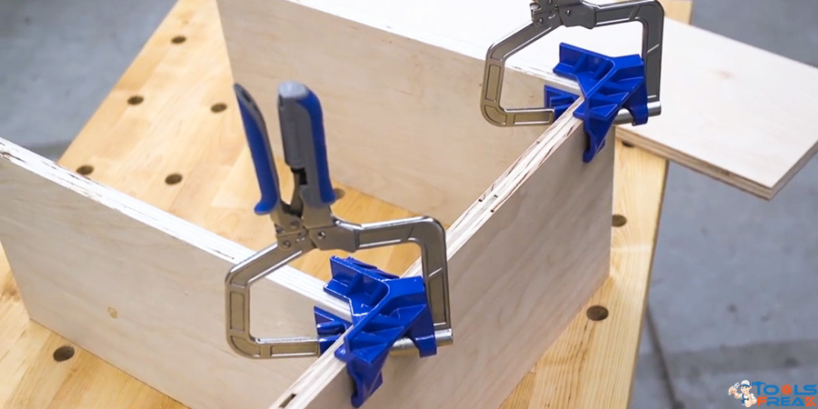 Best Corner Clamp Make Your Right Angle Accurate Like A Pro