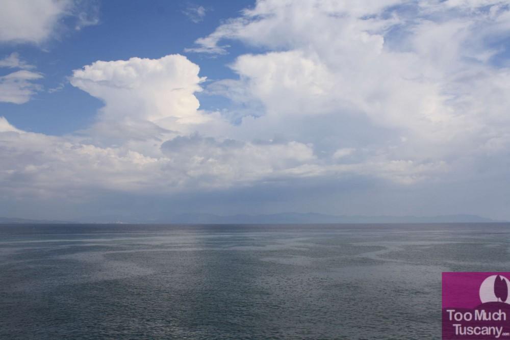 Sailing with rain