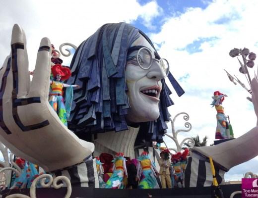 John Lennon Float - Carnevale di Viareggio 2014