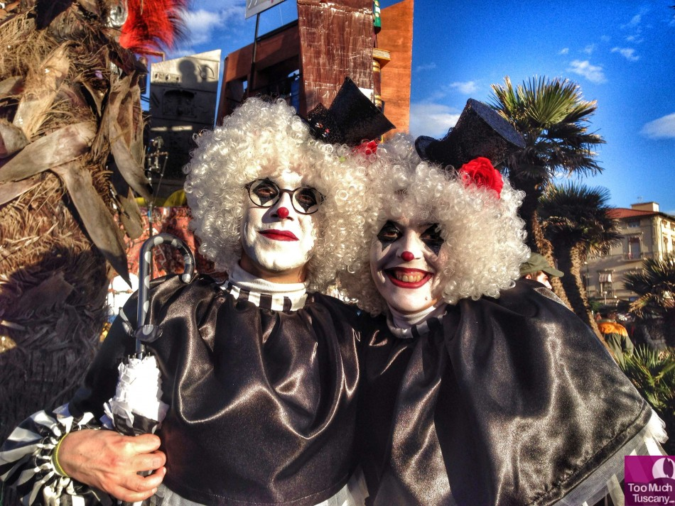 Happy faces at Carnevale di Viareggio 2014