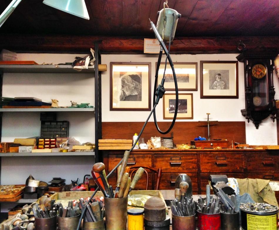 Goldsmith workshop in Oltrarno, Florence