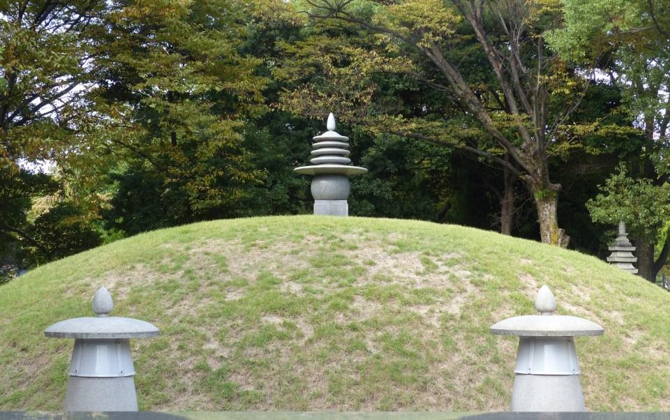Grassy mound with stone lanterns, Hiroshima Peace Park