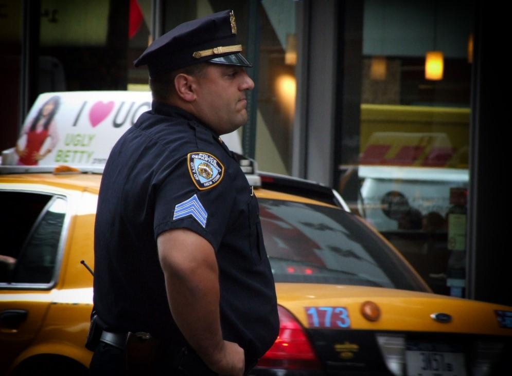 New York policeman and yellow taxi