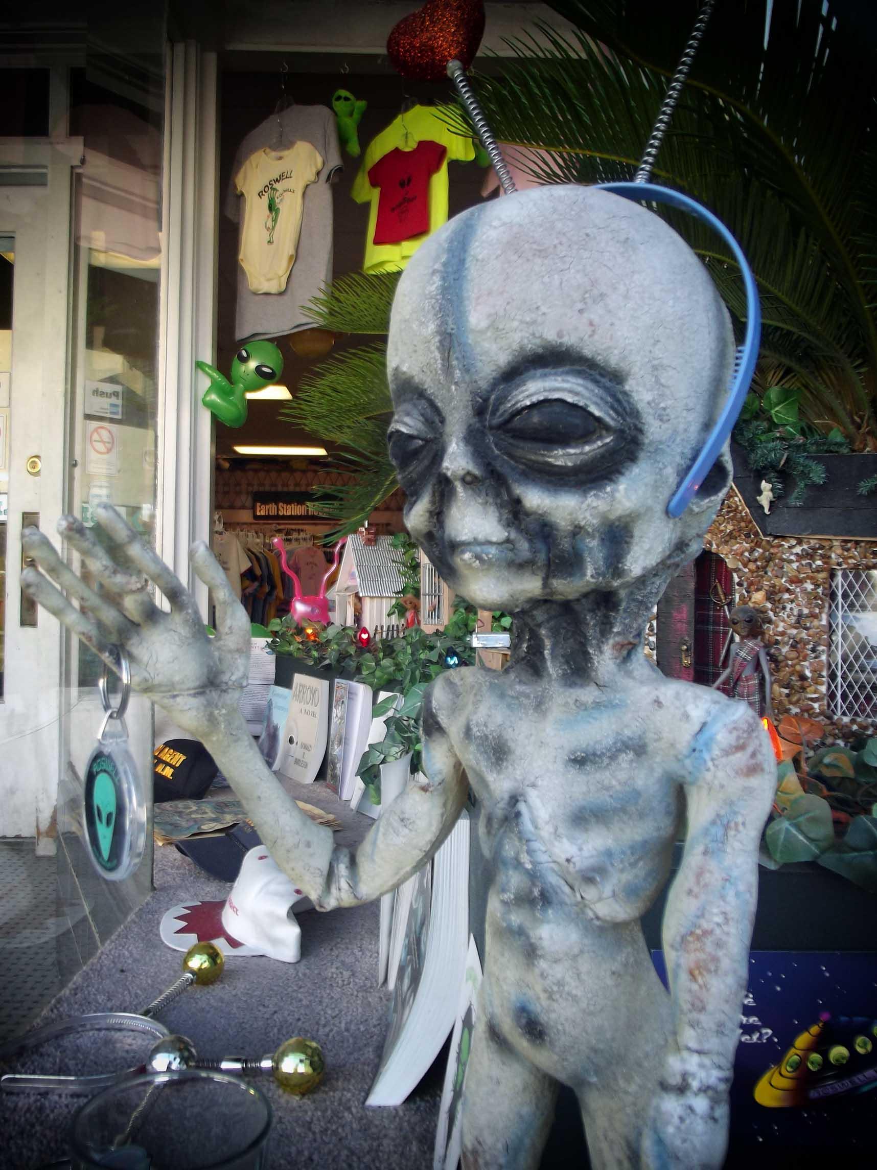 Alien model