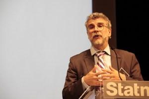 """""""...Elle améliorerait également la qualité d'alimentation de la façade Nord-Ouest de la France."""" So says RTE Vice-President Pierre Bornard"""