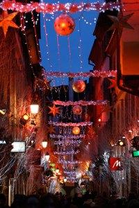 Marche de Noel Strasbourg Decorations_rue_ orphevres