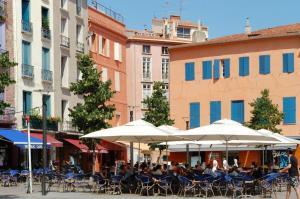 republic-cafe-perpignan-1354969194