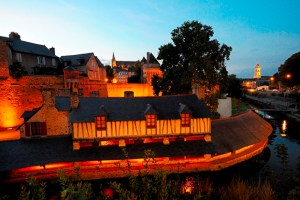 Vannes by night: It's the Celtic region of France that fares best in the quality of life index, according to the OECD.