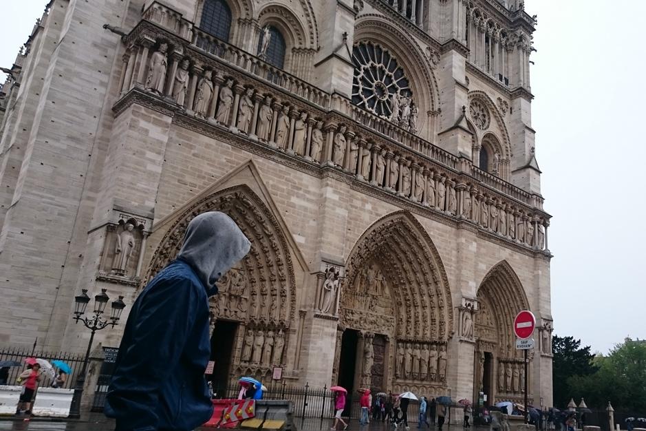 Assassins-Creed-Notre-Dame-1.jpg