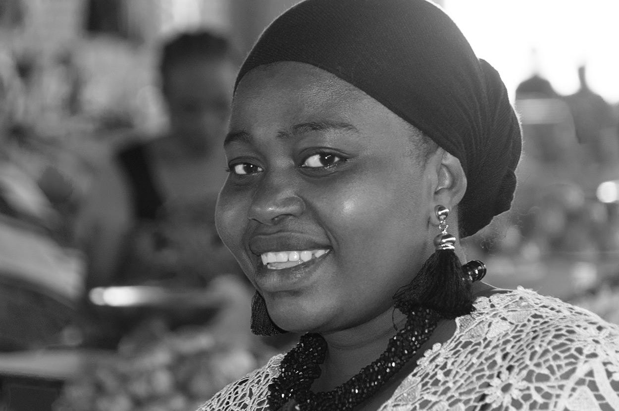 Femme marchande au marché de Mamoudzou-Mayotte