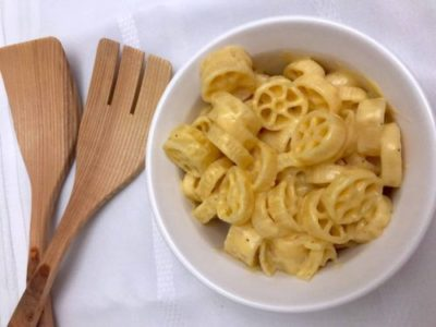 Easy Stove Top Macaroni and Cheese