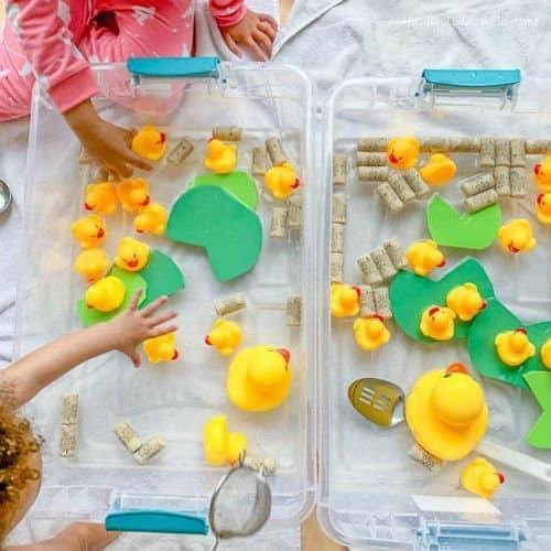 Easy sensory bin for toddlers