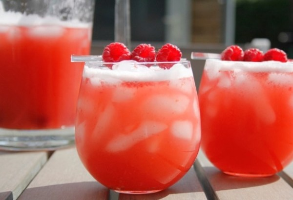 Raspberry Wheat Beer Summer Punch