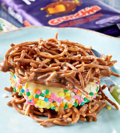 Crunchie Chocolate Noodle Ice Cream Sandwiches