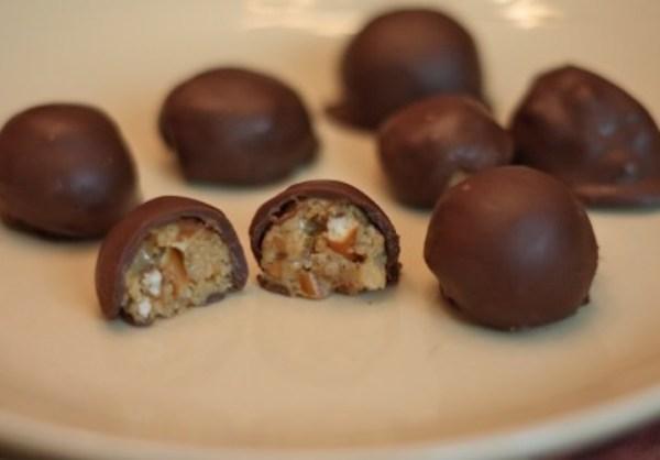 Peanut Butter And Chocolate Pretzel Truffles