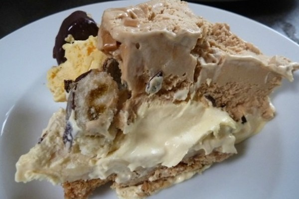 Digestive Biscuit & Banoffee Ice Cream Cake