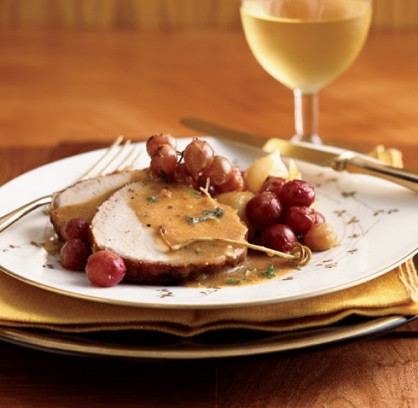 Braised Pork with Grapes and Onions