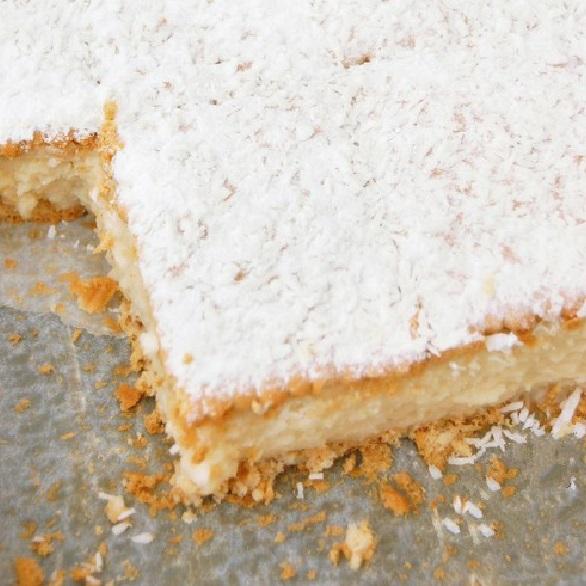 No-Bake Almond & Coconut Cream Tray
